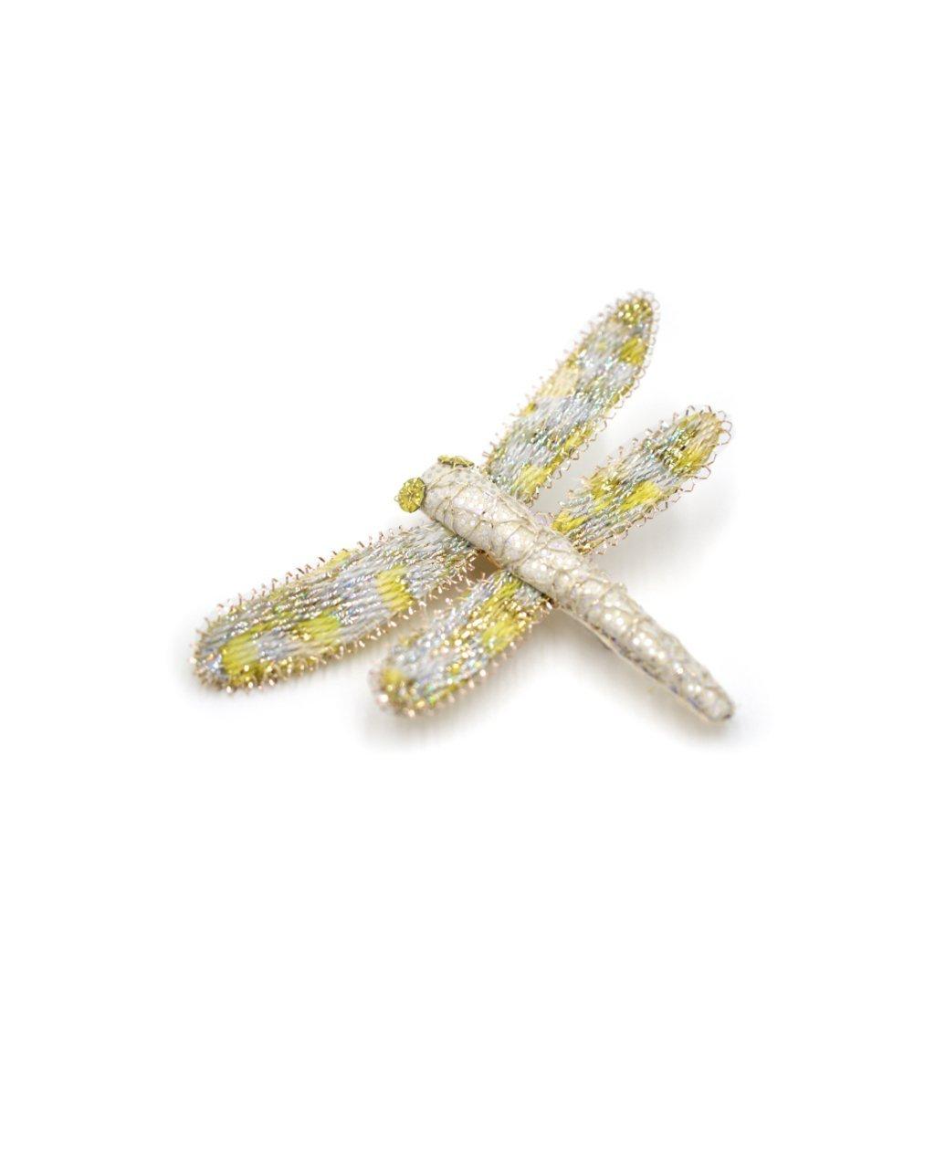 broche libellule jaune pâle et blanche