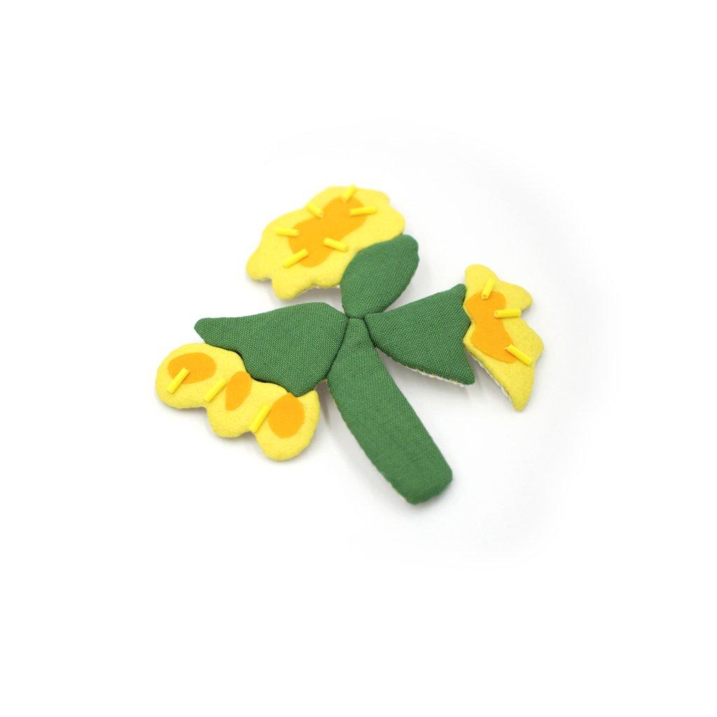 broche textile jaune et vert